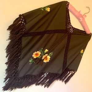 🌼 One of a Kind Vintage Poncho 🌼